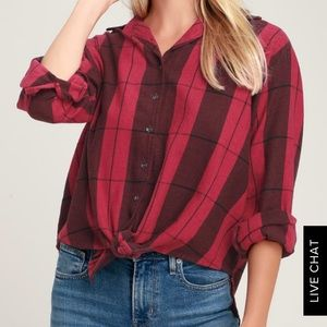 NWT Cozy Down Red Plaid High-Low Long Sleeve Top